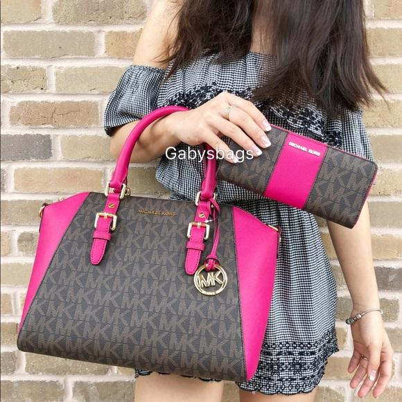 fcd8f21b75dd7d Michael Kors Bags | Set Large Ciara Brown Mk Pink Satchel | Poshmark